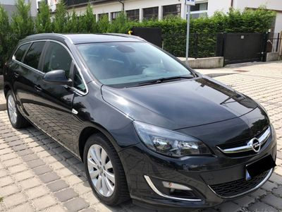 używany Opel Astra 1.6 CDTI 136CV Sports Tourer Cosmo