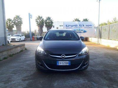 usado Opel Astra 1.6 CDTI 136CV EcoFLEX S&S Sports Tourer Cosmo Fleet