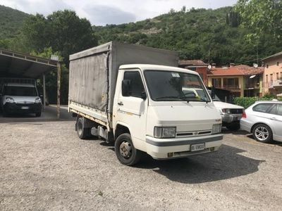 used Nissan Trade 3.0 diesel TELONATO/CASSONATO