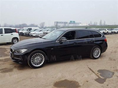 usata BMW 320 Touring d xDrive Luxury autom.
