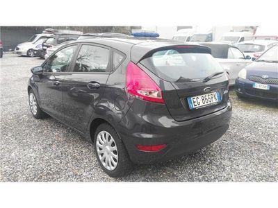 usata Ford Fiesta 1.2 82 CV 5 porte Titanium ** UNICOPROPRIETARIO **