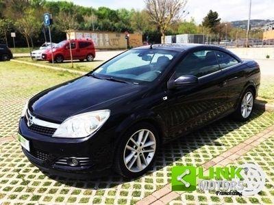 begagnad Opel Astra Cabriolet Twintop 1.9 16V Cdti 150cv, anno 2007, Pacchetto Cosmo e Sport Pack, manutenzione curata