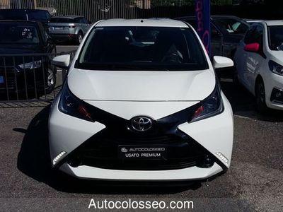used Toyota Aygo 1.0 VVT-i 69 CV 5 porte x-play MMT