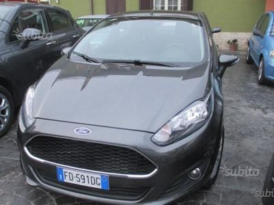 brugt Ford Fiesta 6ª serie - 2016