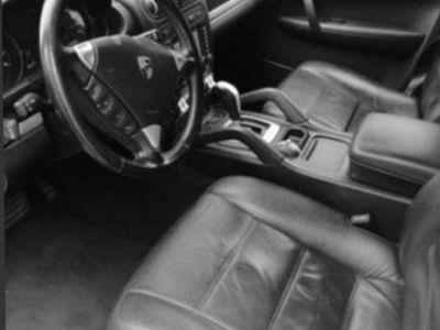 usata Porsche Cayenne 3.2 v6 250 cv