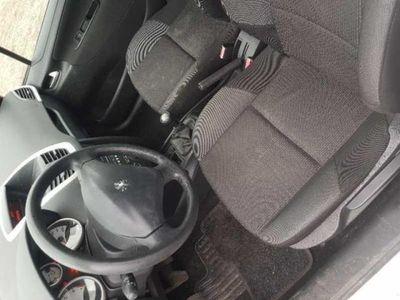 used Peugeot 207 Plus 1.4 8V 75 CV 5p. ECO GPL