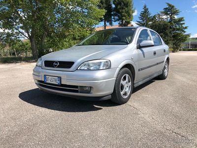usado Opel Astra berlina 1.7D
