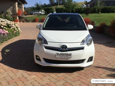 usata Toyota Verso-S 1.3 BENZINA FULL OPTIONAL-10/2012