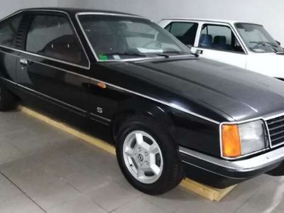 usata Opel Senator 3.0 S 180 CV
