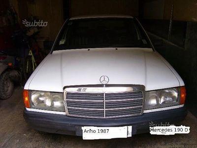 używany Mercedes 190 2.5 diesel
