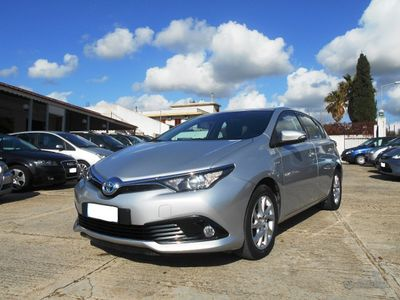 usata Toyota Auris Hybrid lounge 2016