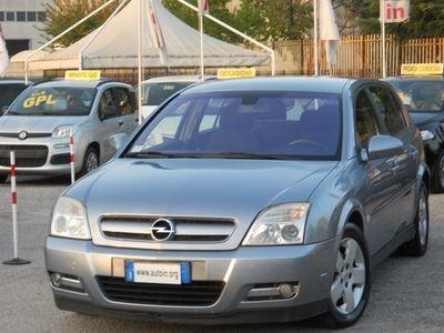 usata Opel Signum 2.2 16V DTI Elegance