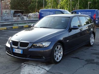 used BMW 318 d Touring Attiva €. 3.950