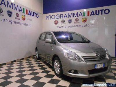 używany Toyota Avensis Verso 1.6 AUTOCARRO Piacenza