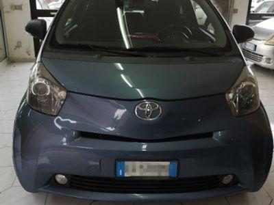 usata Toyota iQ - 1.0 CVT LOUNGE AUTOMATICA