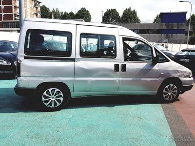 usata Fiat Scudo del 2001 7 posti 2000 diesel