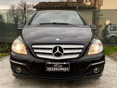 usata Mercedes B180 ClasseNGT BlueEfficiency
