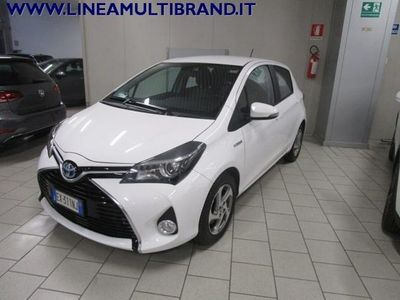 usata Toyota Yaris 1.5 Hybrid 5 porte Active 23.000KM! 8 Gomme!