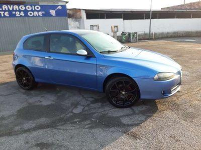 usata Alfa Romeo 147 1.9 JTD (120) 3 porte Black Line