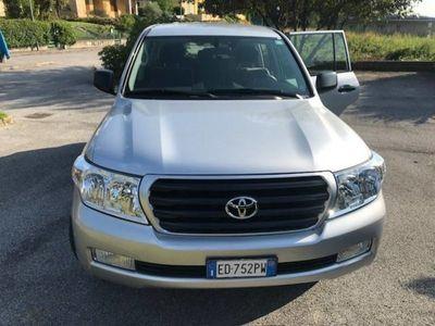 usata Toyota Land Cruiser V8 V8 4.5 D4-D 7 posti del 2009 usata a Vigano'