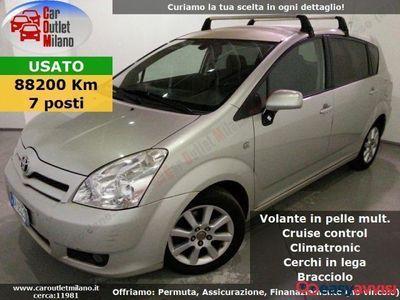 usata Toyota Corolla Verso 7pti 2007 2.2 D 136CV 6Man 5P Argento
