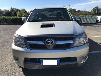 usata Toyota HiLux 3.0 D-4d 4wd Double Cab Sr Usato