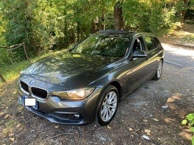 usata BMW 320 d XDrive (4WD) Touring Business Advantage Automatico