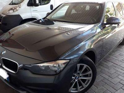 usata BMW 320 d Touring euro 6 navi sensori cerchi 17