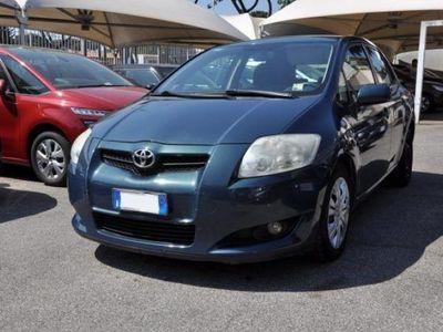 usata Toyota Auris 2.0 D-4D 5 porte SOL