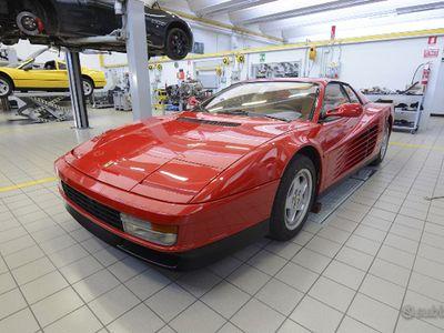 usata Ferrari Testarossa cat