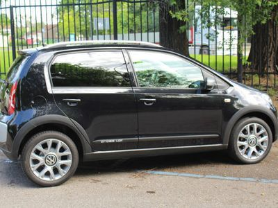 used VW cross up! up! 1.0 75 CV 5p.NAVI