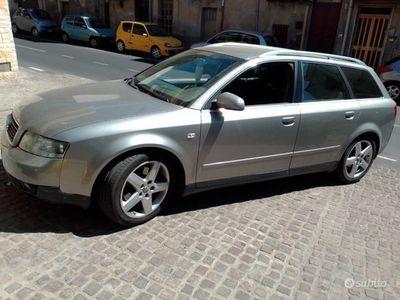 usata Audi A4 A4 2.5 V6 TDI/180 CV cat Avant quattro