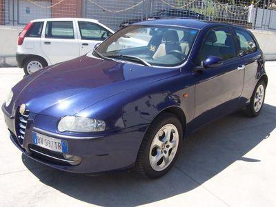 usata Alfa Romeo 147 1.6i 16v T.s. 3p. Dist. Usato