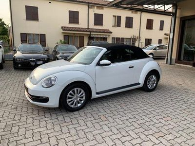 usado VW Maggiolino Cabrio 2.0 TDI Sport BlueMotion Technology