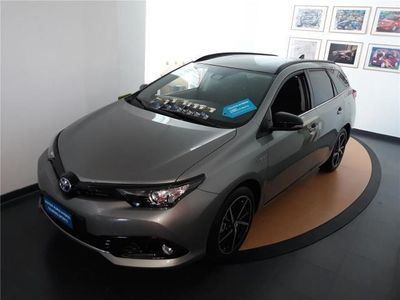 usata Toyota Auris Touring Sports 1.8 Hybrid Black Edition
