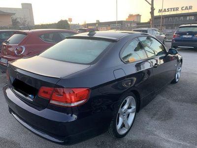 usata BMW 320 Serie 3 Coupè d Futura km 199000 ottime condizioni è molto bella !!