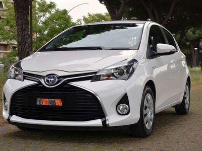 usata Toyota Yaris 1.5 HYBRID 73CV 5P AUTOM. **NEOPATENTATI** - 2016