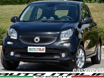 usata Smart ForFour 70 1.0 2°SEMESTRE +CITY BRAKE+LED+CLIMA AUT+TEL+15