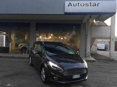 usata Ford S-MAX 2.0 TDCi 180CV Start&Stop Powershift Titanium Business del 2016 usata a Pescara