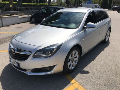 begagnad Opel Insignia sportstourer cosmo 1.6cdti 136cv E6B