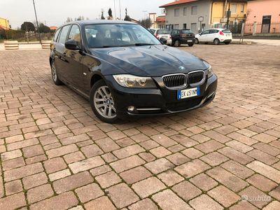 usata BMW 318 318d 2.0 143CV cat Touring Attiva