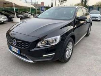 used Volvo V60 CC BUSINESS D3 GEARTRONIC E6
