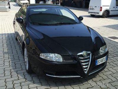 usata Alfa Romeo GT 1.9 JTD 16V 150CV anno 2007 118000Km
