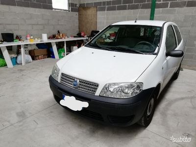 second-hand Fiat Punto 1.3 mjt clima Van