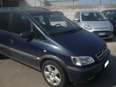usata Opel Zafira 2.2 16V DTI PROBLEMA AL MOTORE