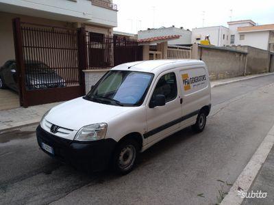 usado Peugeot Partner diesel 90cv climatizzato