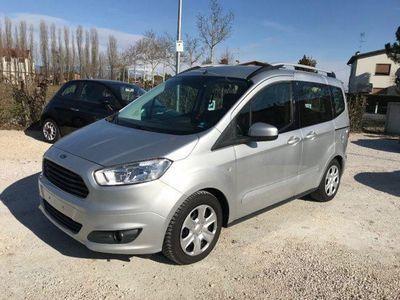 usata Ford Tourneo 1.5 TDCI 75 CV Uniproprietario Neopatentati