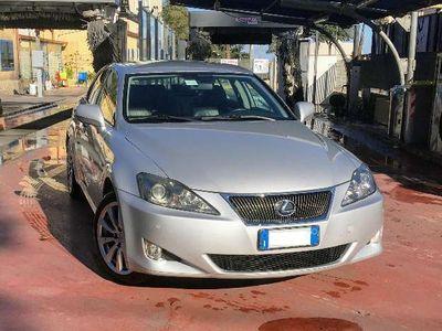 usata Lexus IS220d 2.2 16V