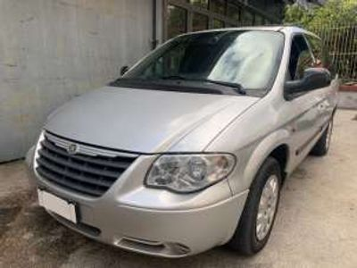 usata Chrysler Voyager 2.8 CRD cat Limited Auto