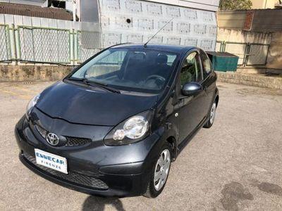 gebraucht Toyota Aygo 1.0 12V VVT-i 3 porte Sol